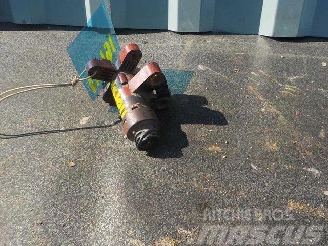 Iveco Stralis Chassis height sensor 41211334 K000264