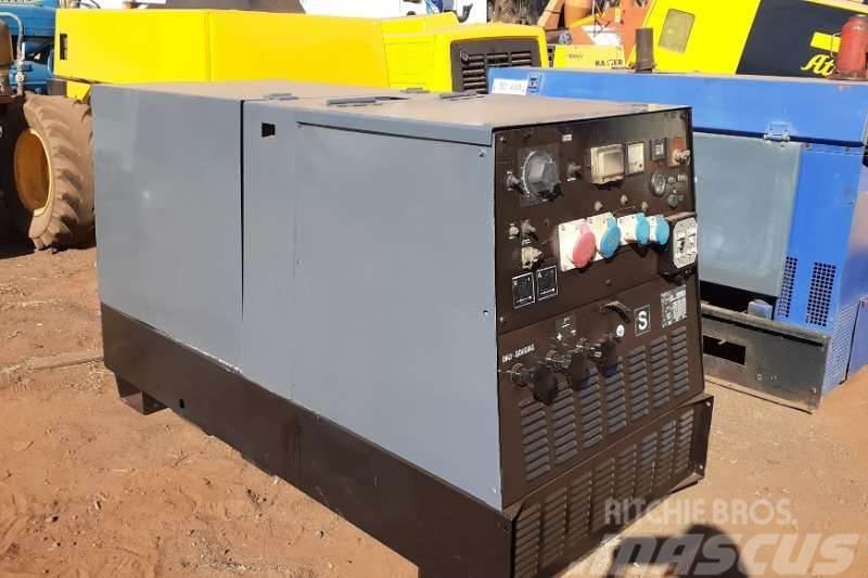 Perkins Mosa TS 500 PS/EL-BC 20 KVA Generator/Welder