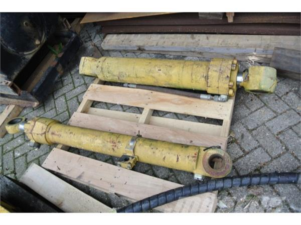 Caterpillar CAT 330 Hydraulic cylinders
