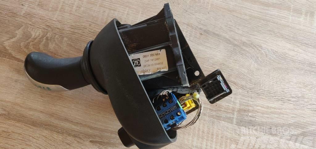 DAF XF 95 Gear change level knob 1612951 1617814