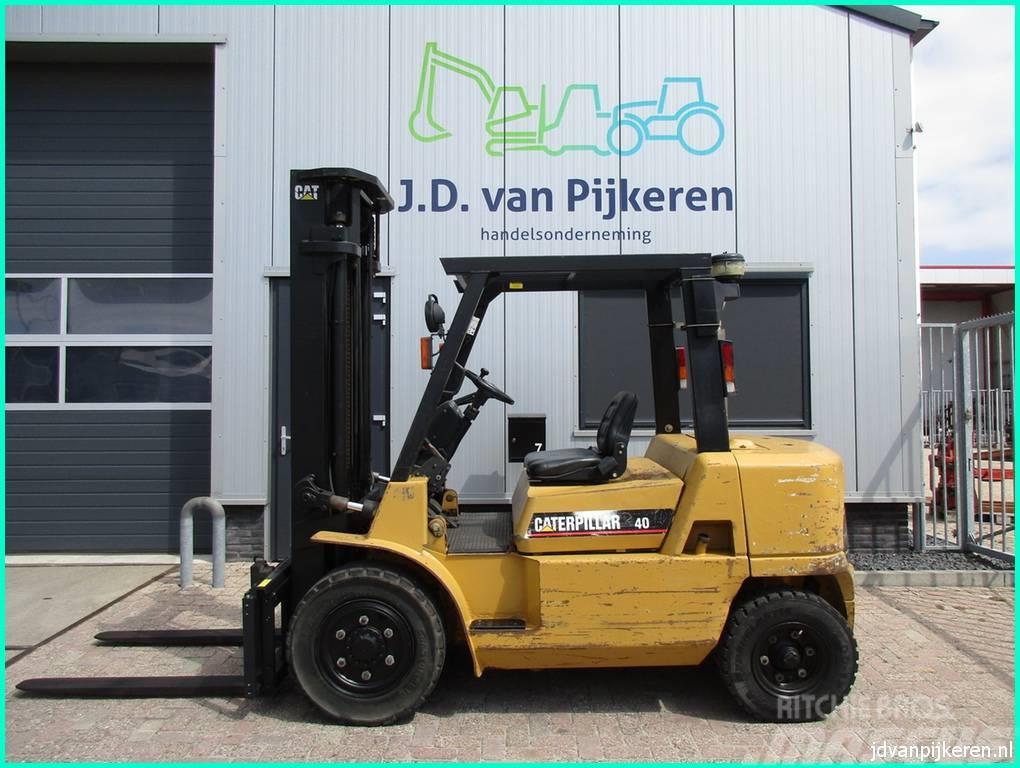 Caterpillar DP40K 4t diesel sideshift - 4x hydrauliek 7533 uur
