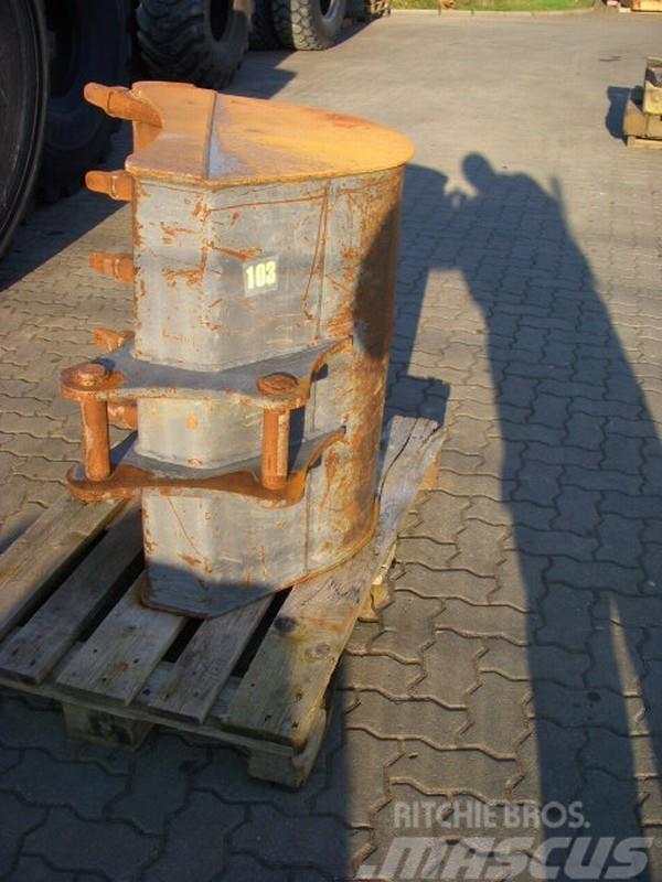 Volvo (103) 0.90 m Tieflöffel / bucket