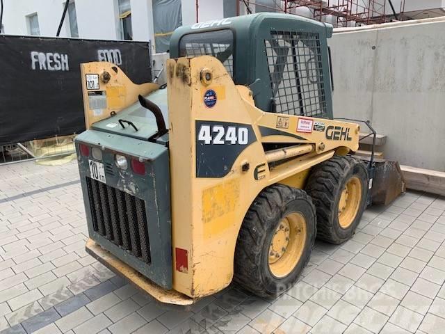 Gehl Typ 4240 E