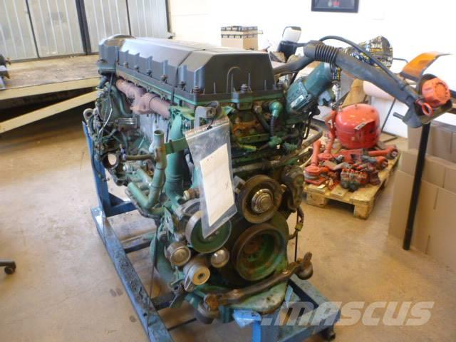 Volvo D13A 400 komplett motor