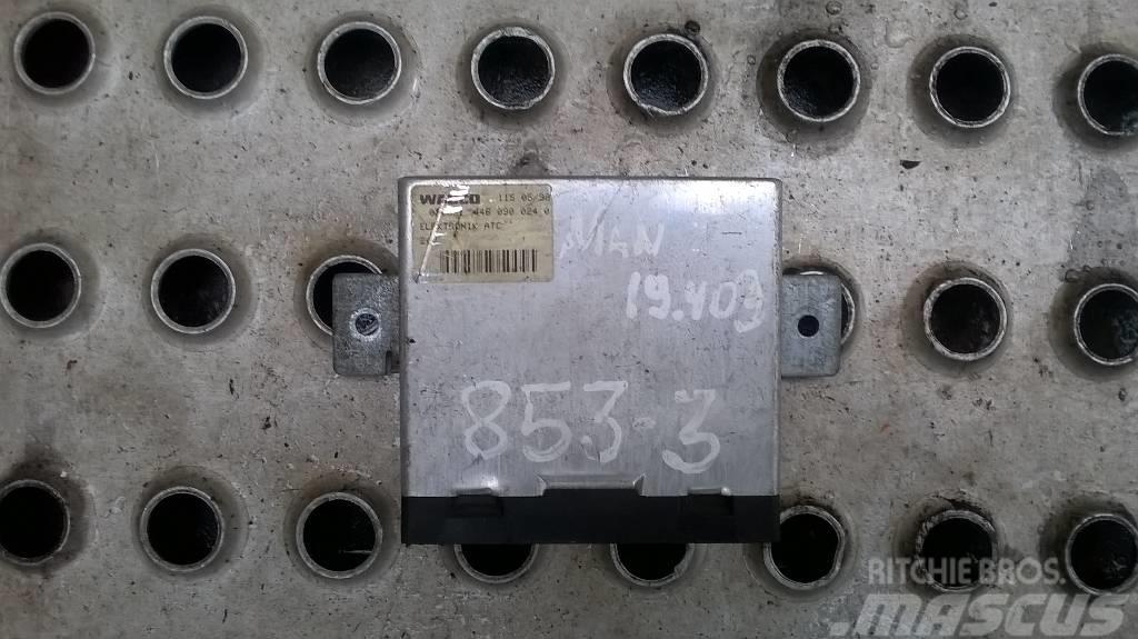 MAN 19.403 climate control unit