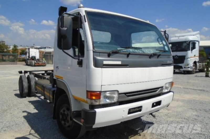 Nissan UD40L Chassis Cab