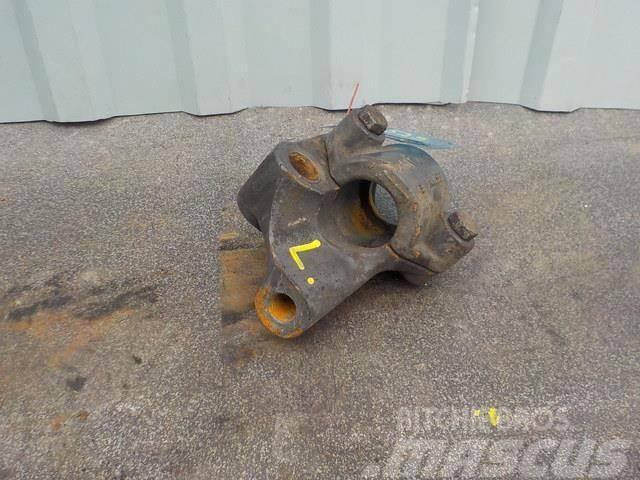 Renault Premium II Anti-roll bar bracket 5010557720