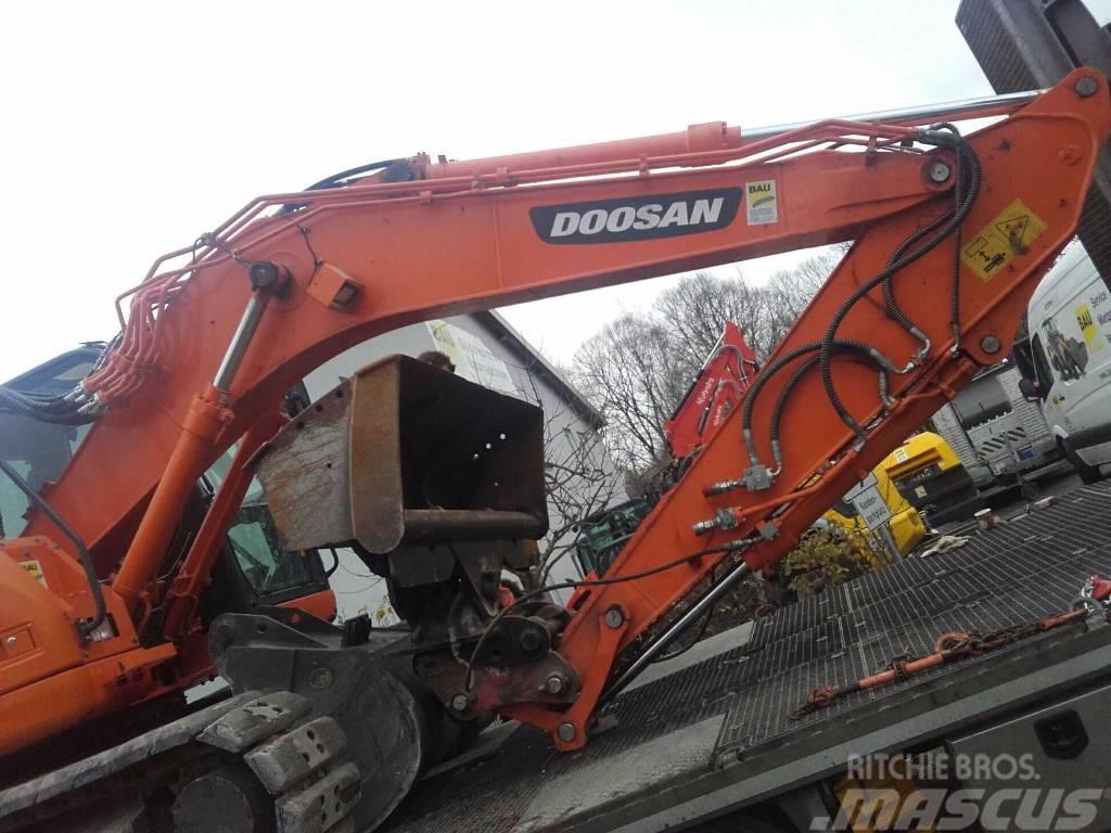 Doosan DX 140 R-3