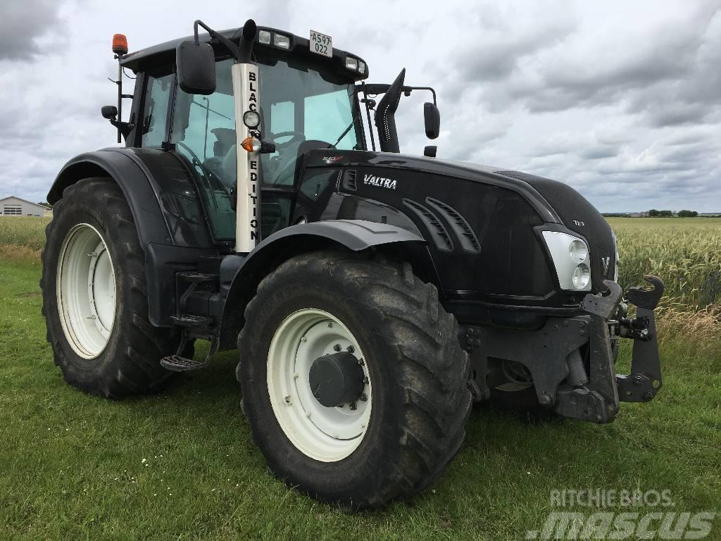 Valtra T213V Black Edition m. Frontlift