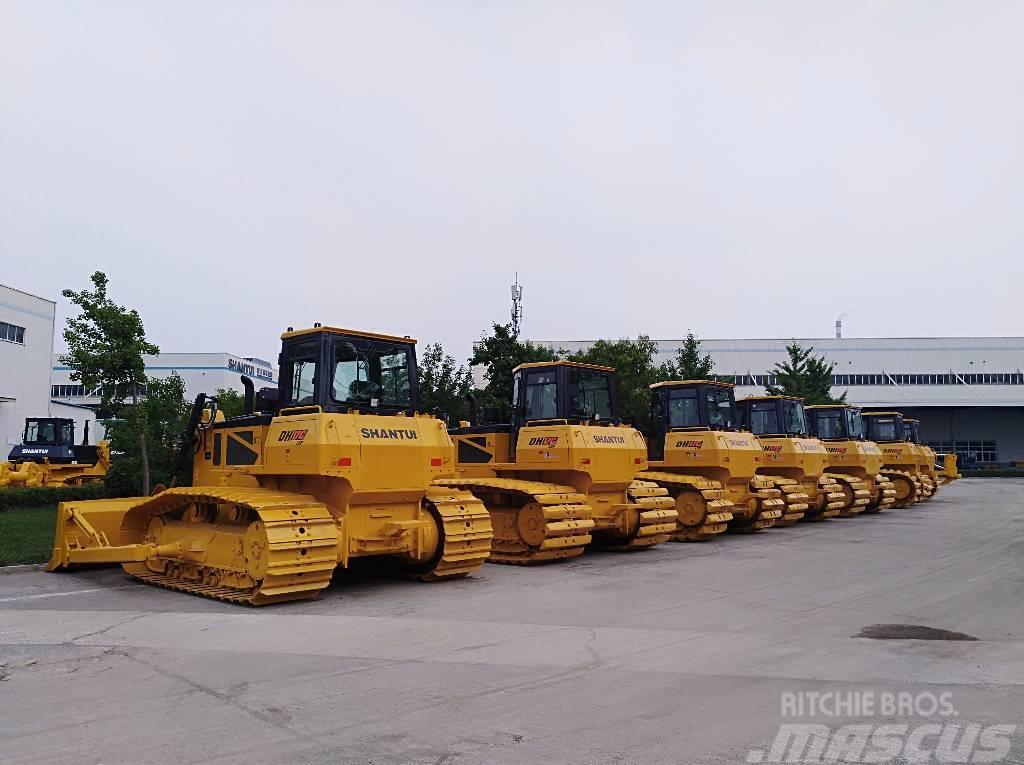 Shantui DH17 hydraulic bulldozer