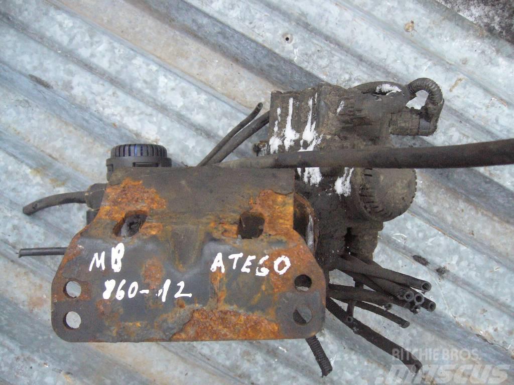 Mercedes-Benz ATEGO 1523 accelerating valve