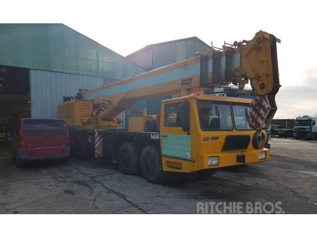 Luna GT 45-38 / JIB 15m / 8x4 / 40t.