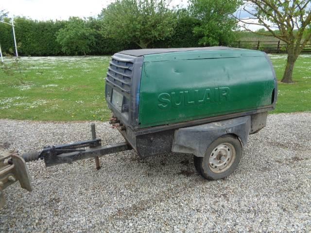 Sullair 131cfm trailed compressor