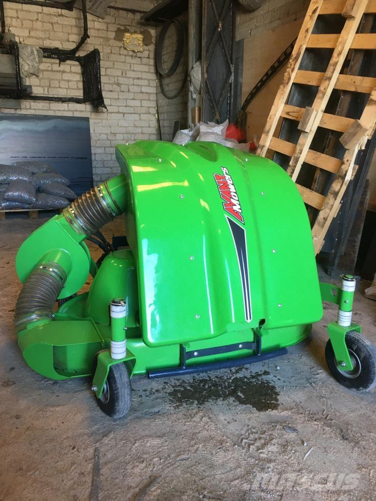 Avant collecting lawn grass mower 1200 A35973