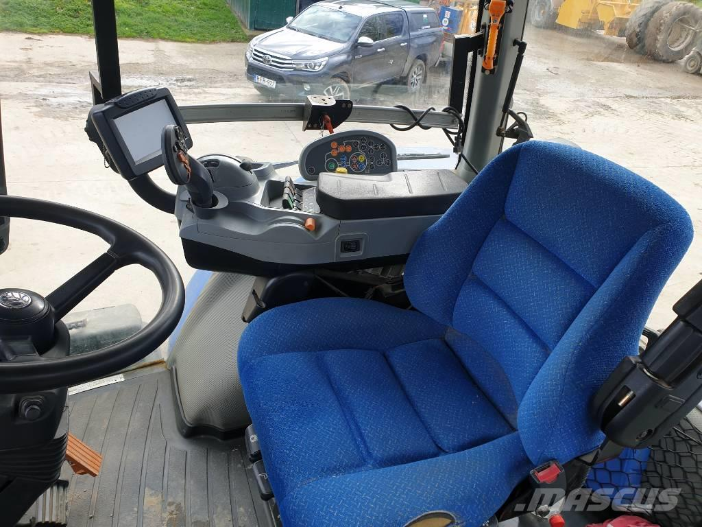 New Holland T 8.330