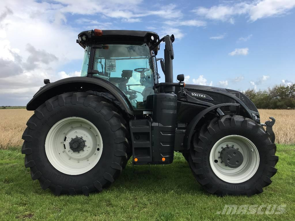 Valtra S394 Smart Touch m. Frontlift