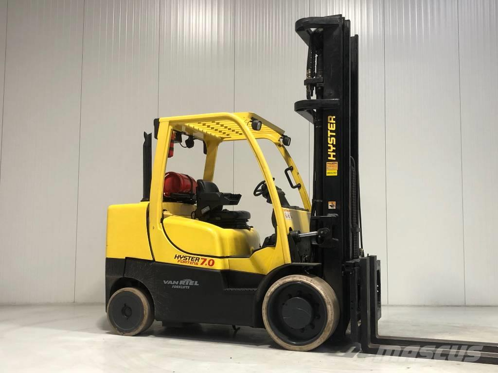 Hyster S7.0FT - Rental Only!