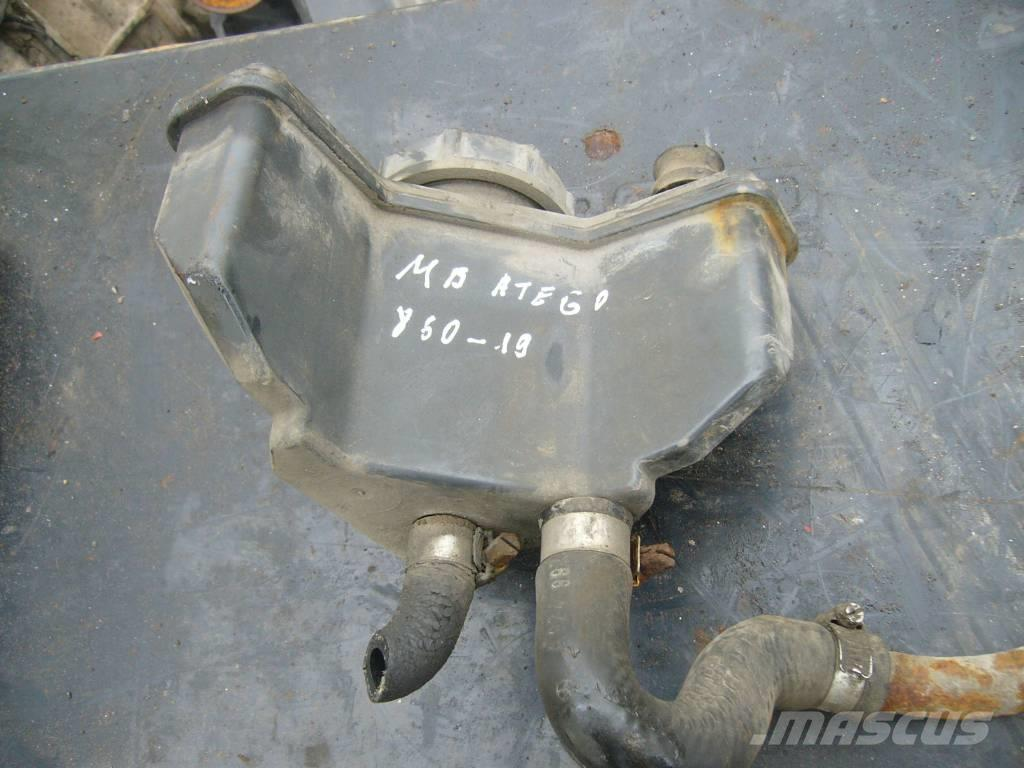 Mercedes-Benz ATEGO 1523 power steering container