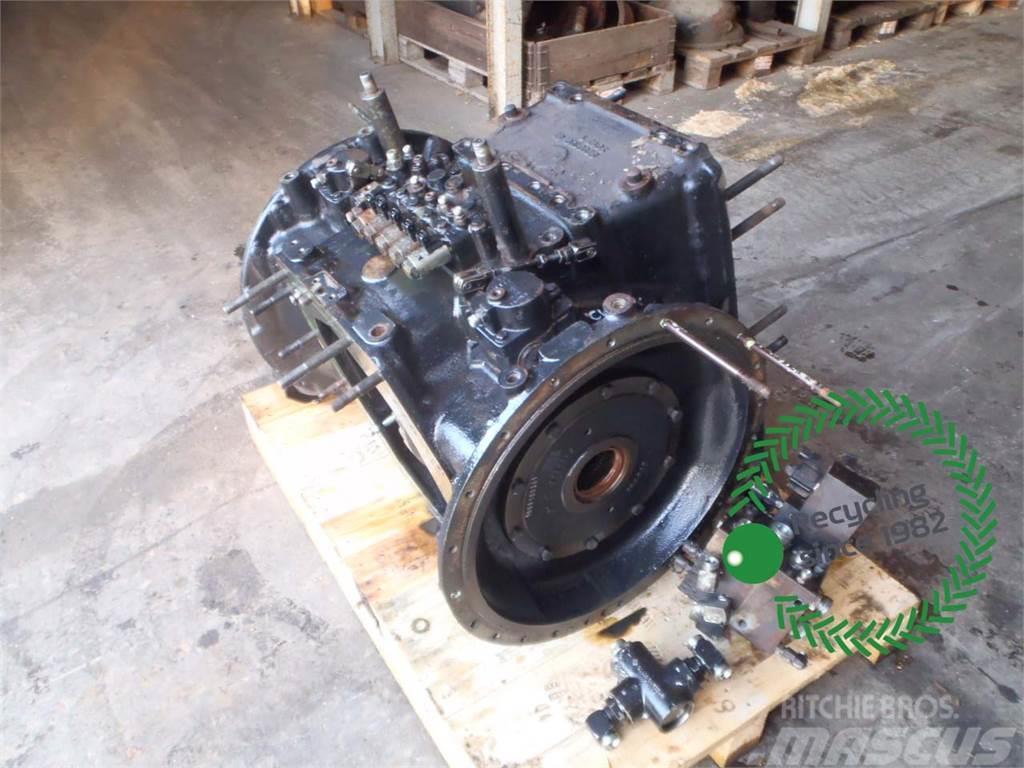 Challenger MT665B Rear Transmission