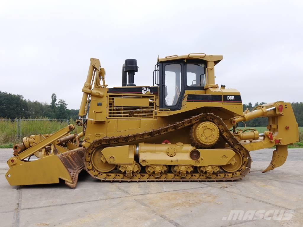 Caterpillar D8R Incl. blade + ripper
