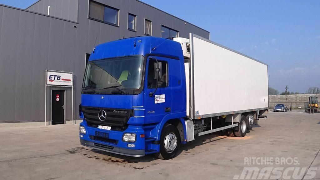 Mercedes-Benz Actros 2536 (FRONT STEEL / FRIGO / 6X2)