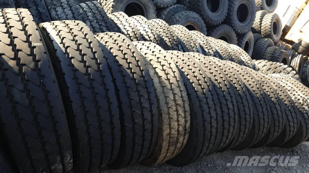 [Other] 13R22.5 Michelin XZY-2 154K Baustelle Offroad Rei