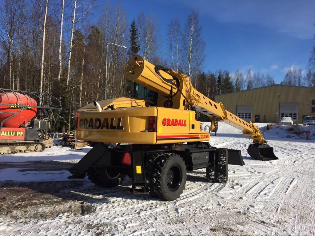 Gradall XL 3300
