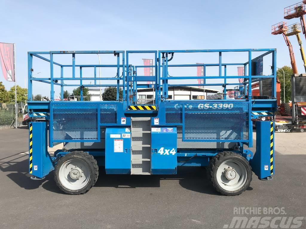 Genie GS 3390 RT diesel 4x4 12m (1336)