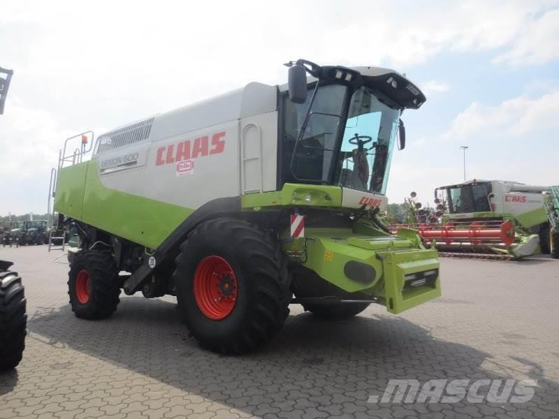 CLAAS Lexion 600 mit V900