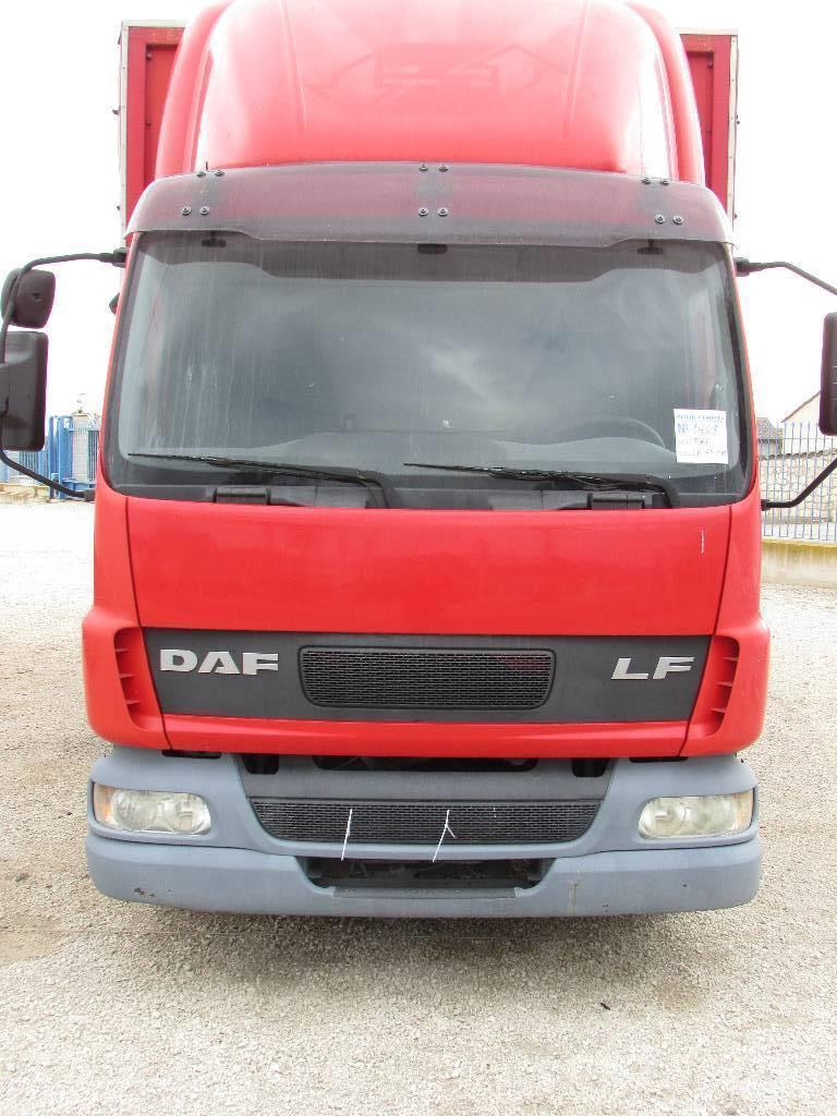daf ae 45 180 occasion prix 16 000 ann e d 39 immatriculation 2004 camion fourgon daf ae 45. Black Bedroom Furniture Sets. Home Design Ideas
