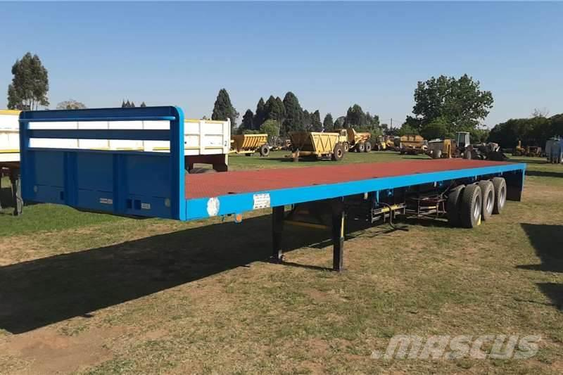 [Other] Tri-Axle Flat Deck Semi Trailer