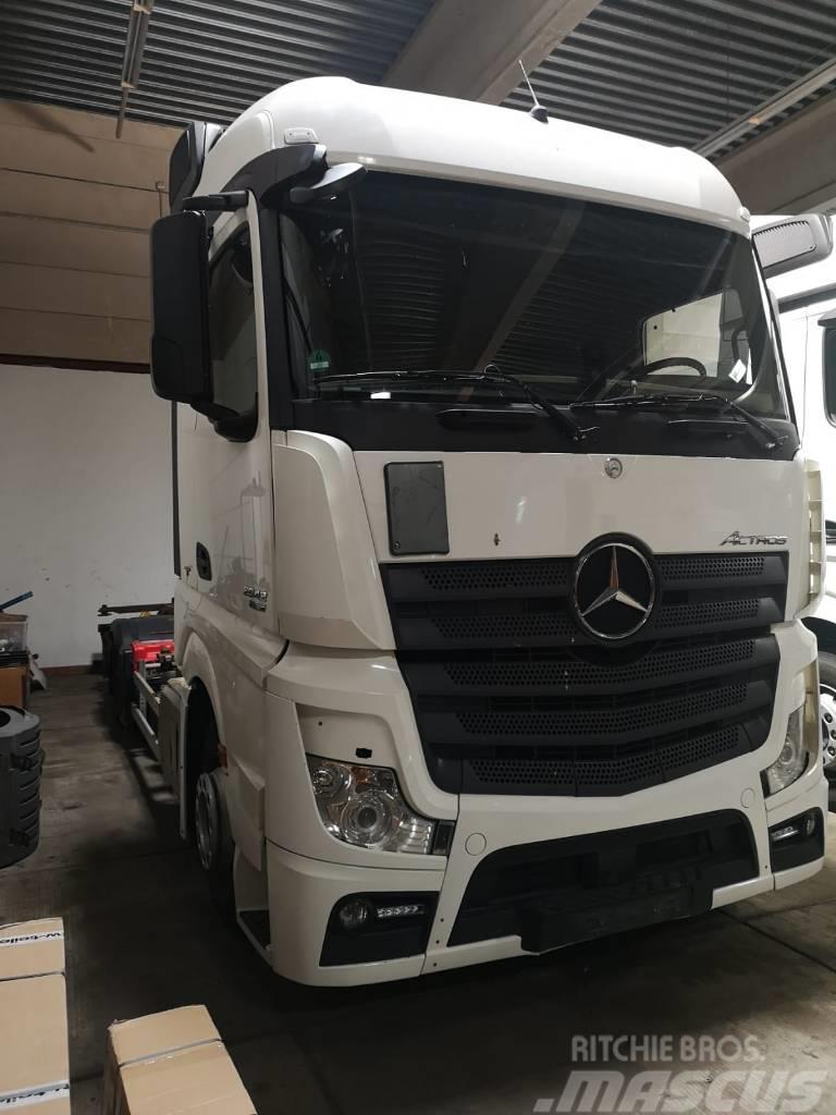 Mercedes-Benz ACTROS 2542 L BDF (PM 830)