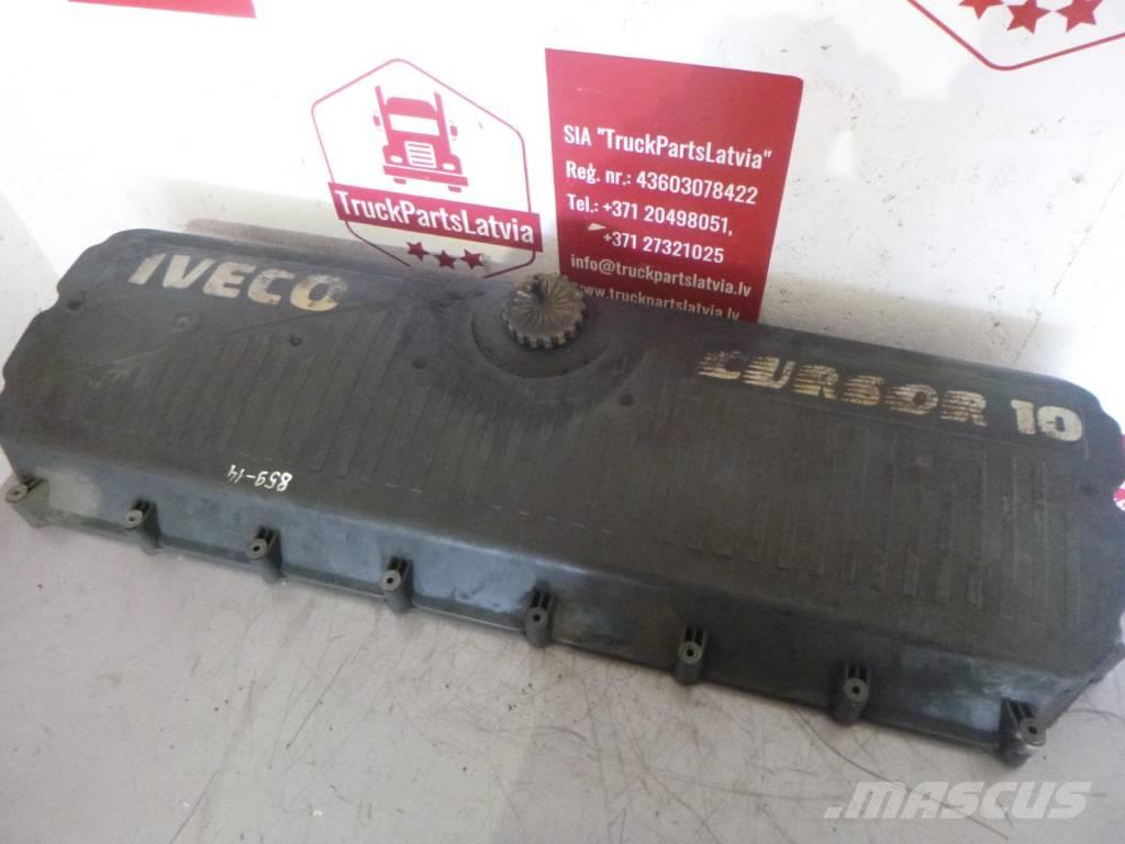 Iveco Stralis Cursor10 Block head cover 500323058