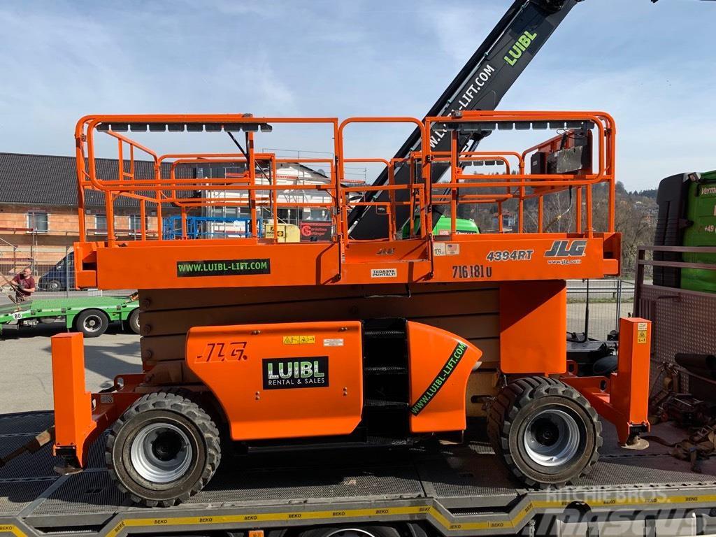 JLG 4394RT, 15,11m jacklegs, scissor lift diesel 4x4