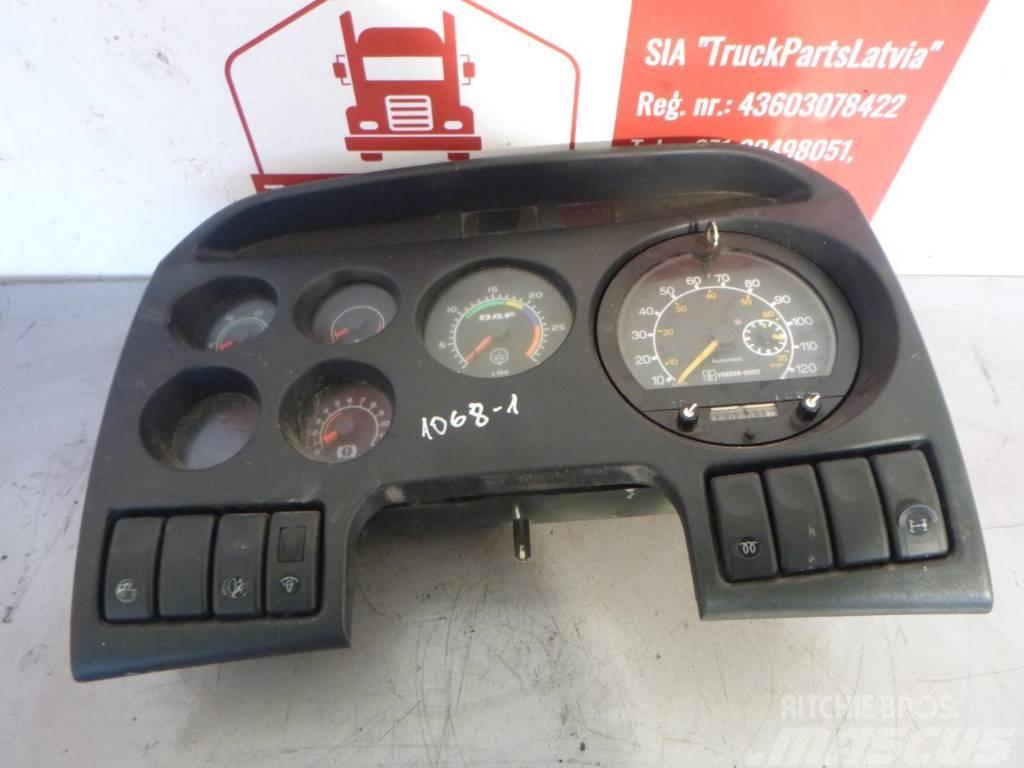 DAF 95 DASHBOARD 1366580