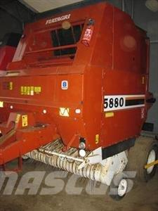 Hesston 5880