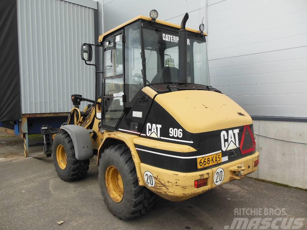 Caterpillar CAT 906