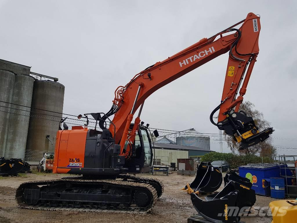 Hitachi ZX 225 US LC-6, Uthyres