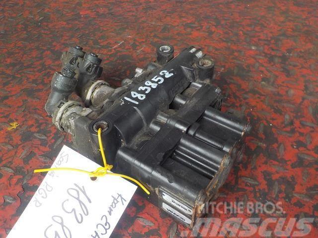 Scania P,G,R series ECAS valve 1889796