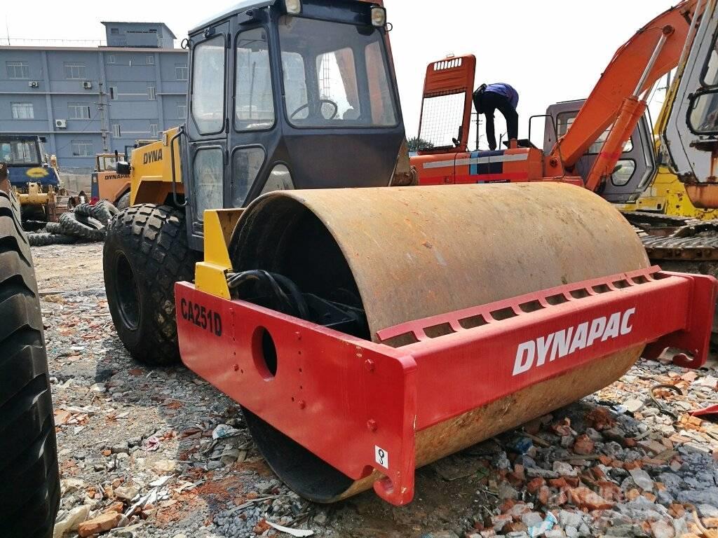 Dynapac CA 251 D  CA301D