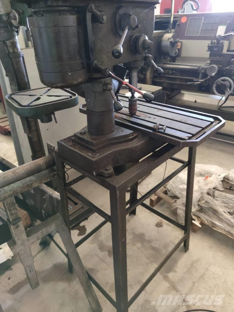 O&K Drill on table T.D 17/R