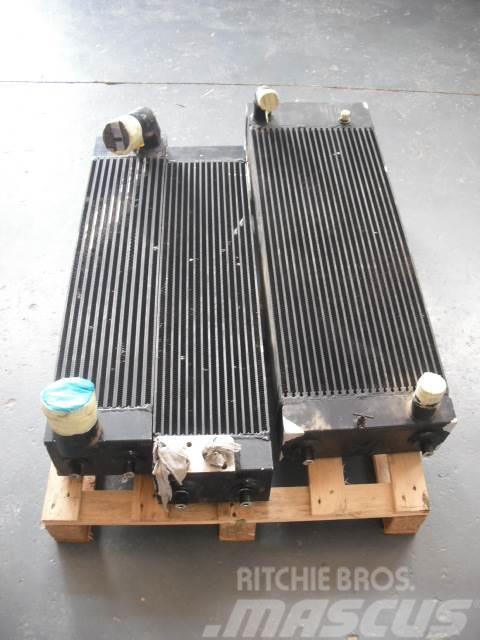 Komatsu D51  3x radiators