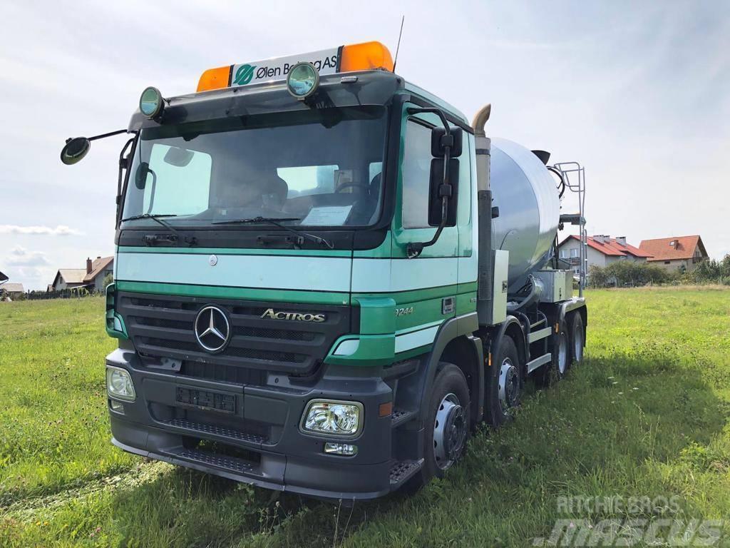 Mercedes-Benz Actros 3244