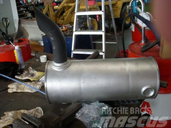 Hitachi (155) ZX 135 US exhaust / Auspuff 4653633