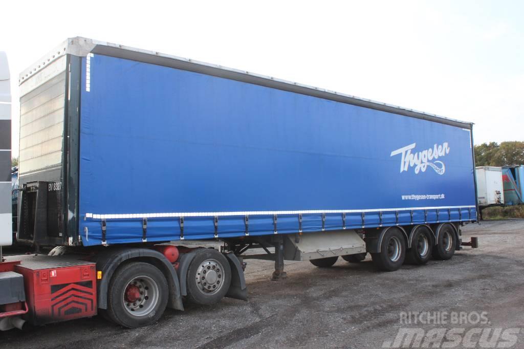AMT 3 akslet gardintrailer m/ truckbeslag