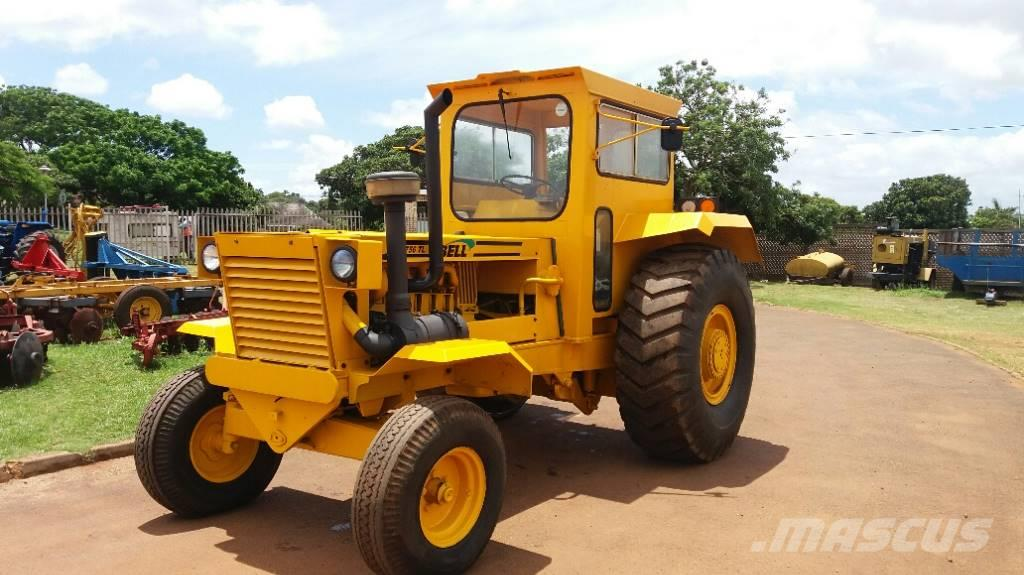 Bell 1756 4x2 haulage tractor