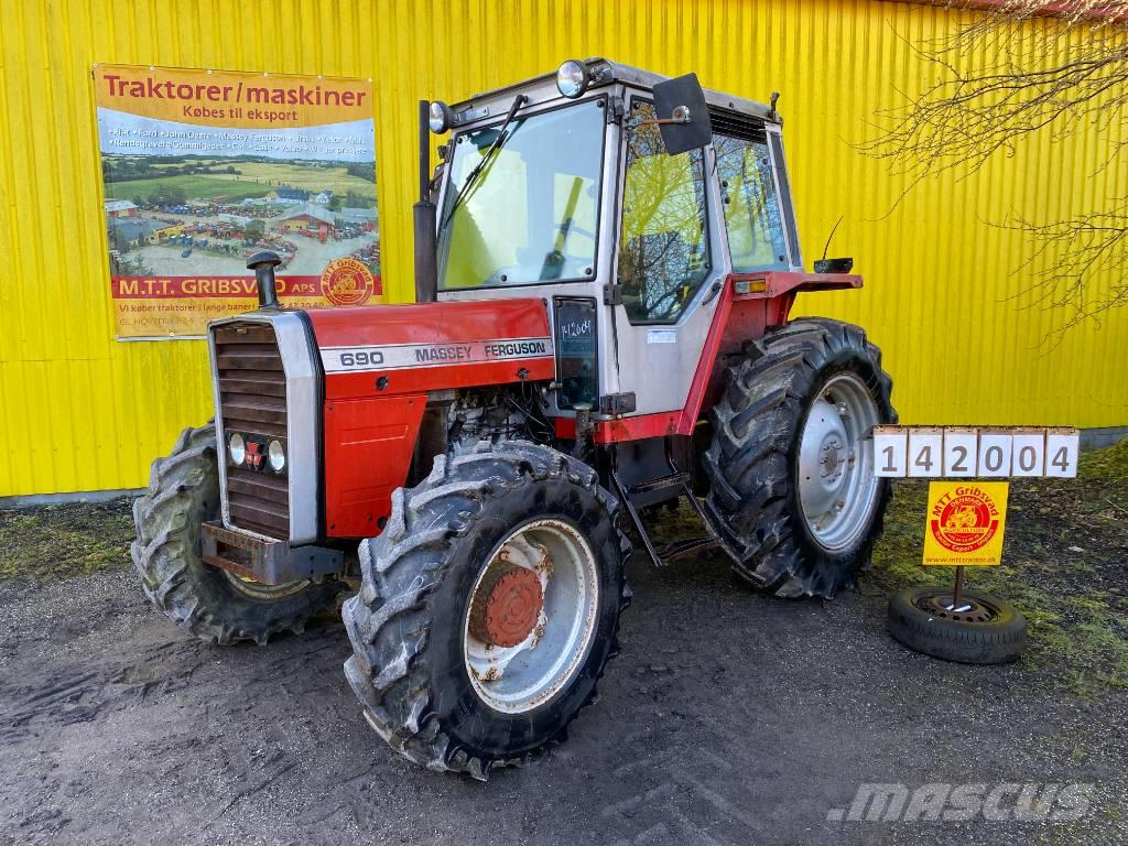 Massey Ferguson 690