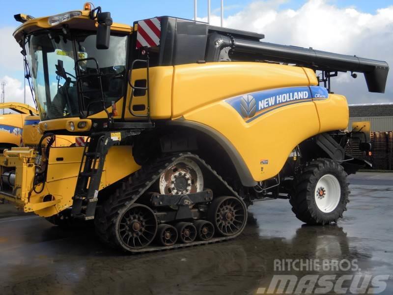 New Holland CR 8070