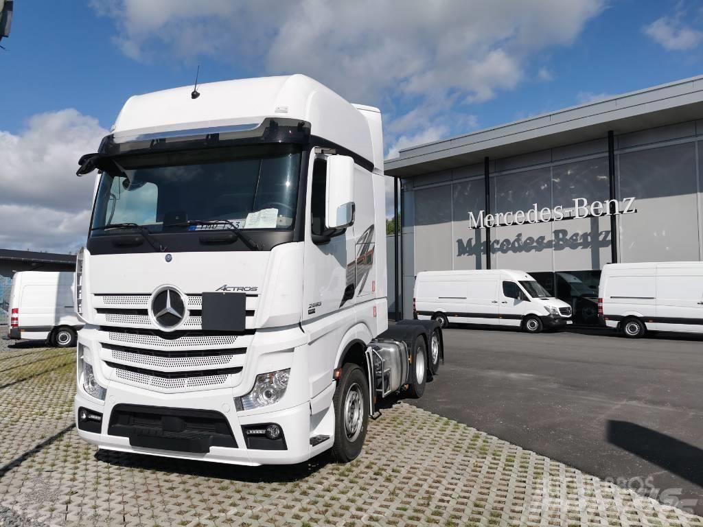 Mercedes-Benz Actros 2553 LS Dragbil
