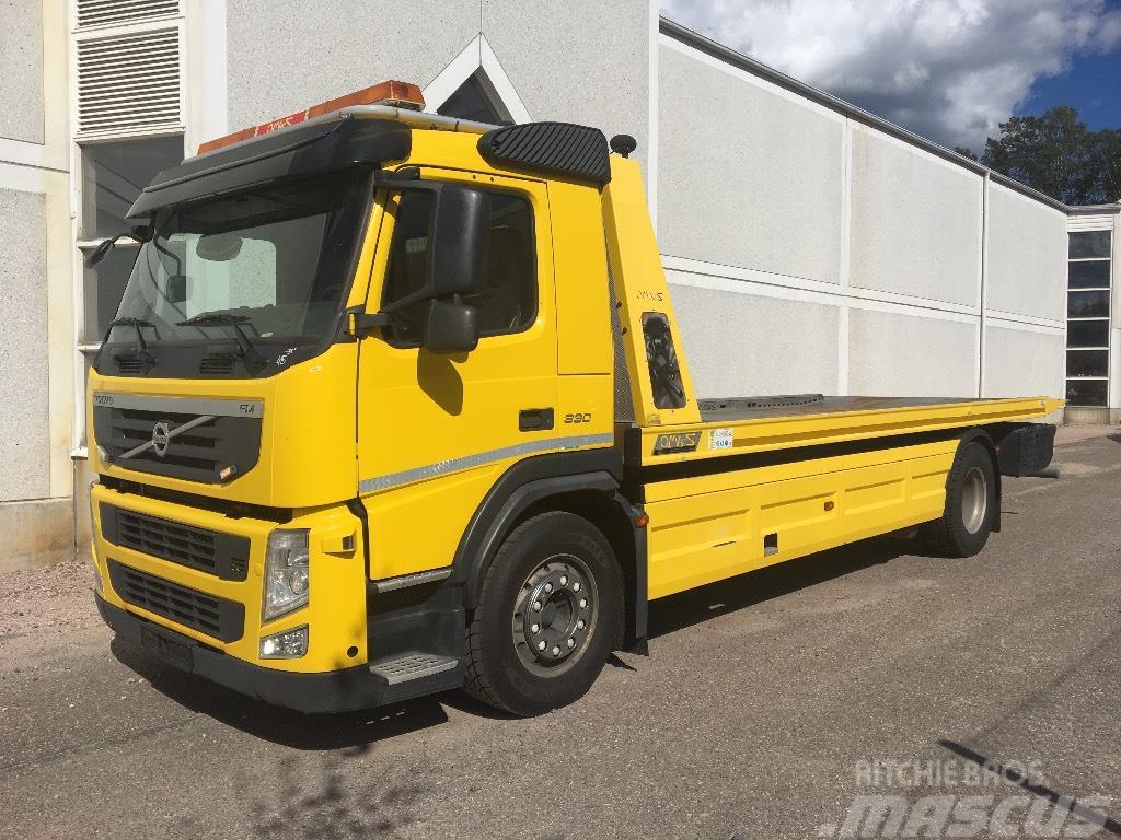 Volvo FM11 330 4x2, 18 tonninen hinausauto